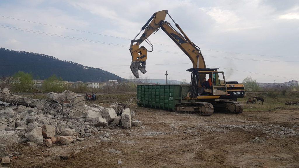 demolare mecanizata Focsani