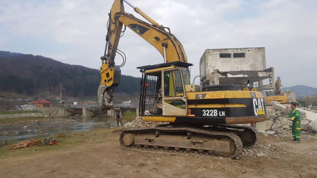 excavatoare demolari Focsani